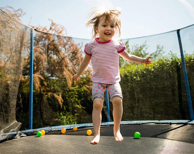 round vs rectangle trampolines